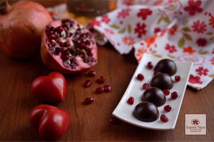A great gift for Valentine's day. A real chocolate speciality with pomegrante made by our favourite chocolate manufacturer Tibor Szántó.