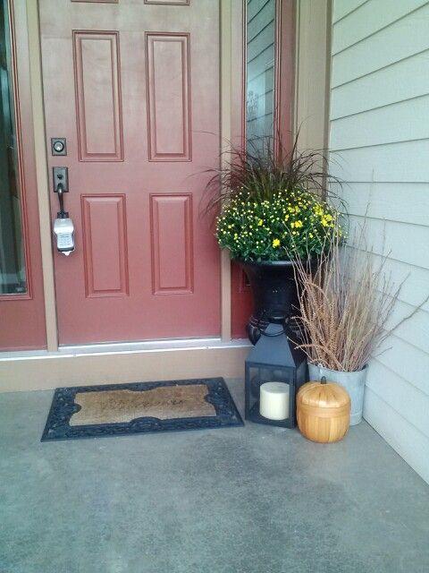 Fall entryway decor