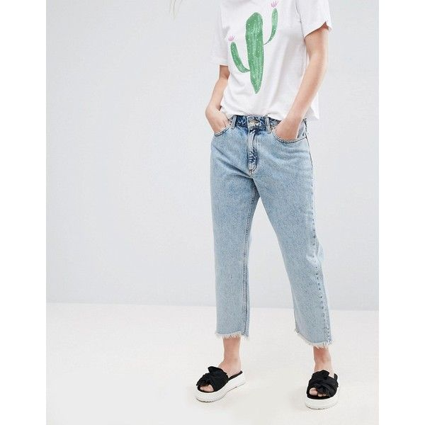 Monki Frayed Hem Acid Wash Mom Jeans (950 ARS) ❤ liked on Polyvore featuring jeans, blue, raw edge jeans, zipper fly jeans, tall jeans, blue jeans and monki