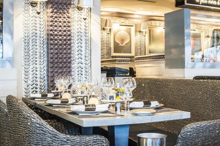 Une magnifique table au Bar à Huitres Montparnasse