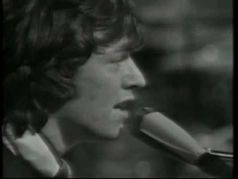 Spencer Davis Group - I'm a Man. From 1967. Steve Winwood on organ and vocals.