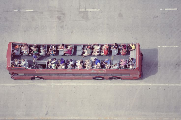 Public Domain Images – Red Tour Bus Chicago Tourists