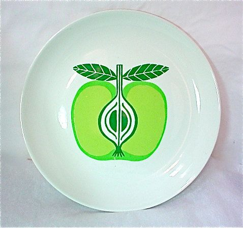 Arabia Apple Plate