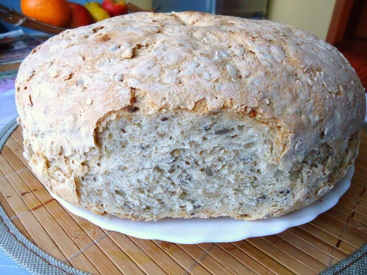 Domogród: Domowy chlebuś pszenno-owsiany ze słonecznikiem