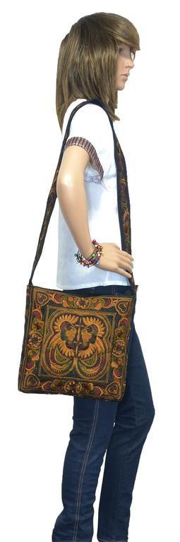 Annons på Tradera: Brun Väska Retro Broderad Bohemisk Axelremsväska Hand Axel-väska Hippie Thailand