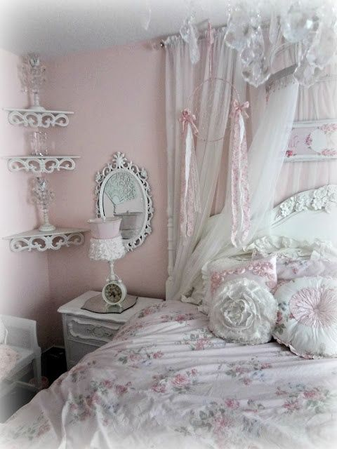 small shabby chic bedroom best 25 bedroom decor ideas on 17322