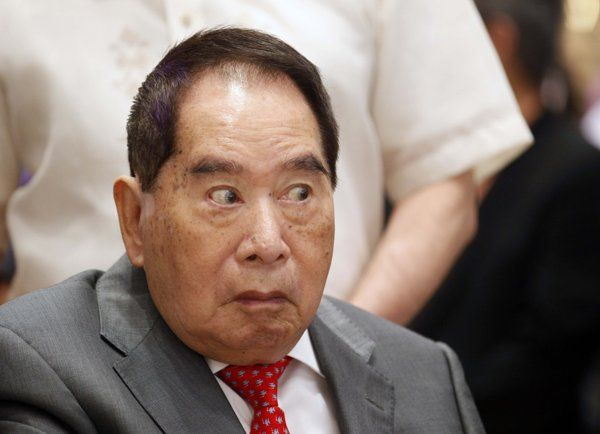 Henry Sy | Sy, nine others in Forbes' billionaire list - Yahoo News Philippines
