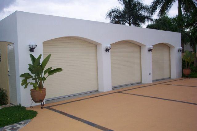 1000 images about puertas de garaje on pinterest pool - Puertas para garage ...