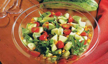 Salada de Abobrinha com Tomate Cereja