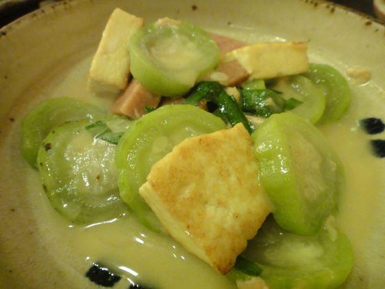 OKINAWA food   na-be-ra-   tofu                                                                                                                                                                                 More