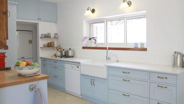 Belasá kuchyňa: Vyfarbite vaše kráľovstvo do nebíčkovo modrej!
