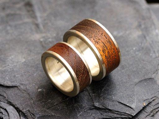Holzringe mit Silbermantel