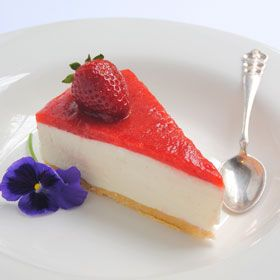 Buttermilk cheesecake with a strawberry topping | Woolworths.co.za