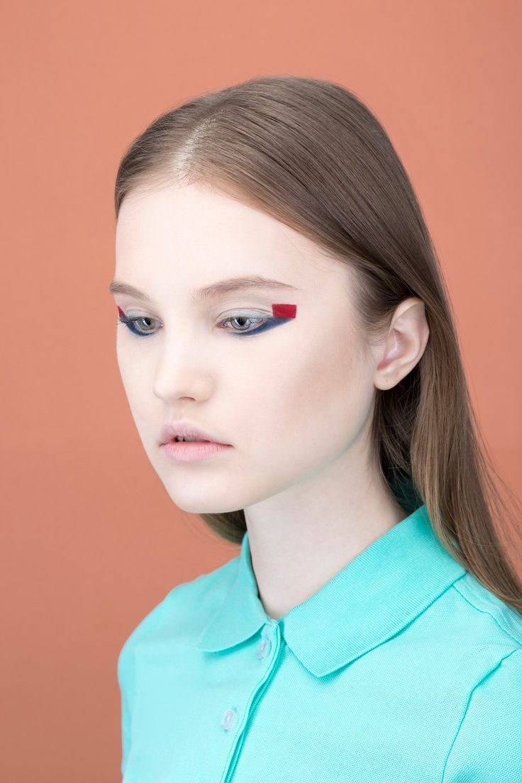 5 идей макияжа  по палитре фильмов Уэса Андерсона. Изображение № 20.