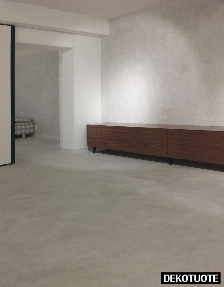 ClayLime:n Creatina -sisustuspinnoite lattiassa ja seinässä. Materiaalin hinta alkaen  59€/m2.  Kysy lisää: info@dekotuote.fi /045 345 2345. www.dekotuote.fi ©Dekotuote #claylime #creatina #kalkkilaasti #kalkkimaali #interior  #design #tehosteseinä #sisustuslaasti #efektiseinä #lattia #seinä #wall #floor #mikrosementti #dekotuote #jotainomaajaerilaista #himmeä #harmaa #betoni #concrete