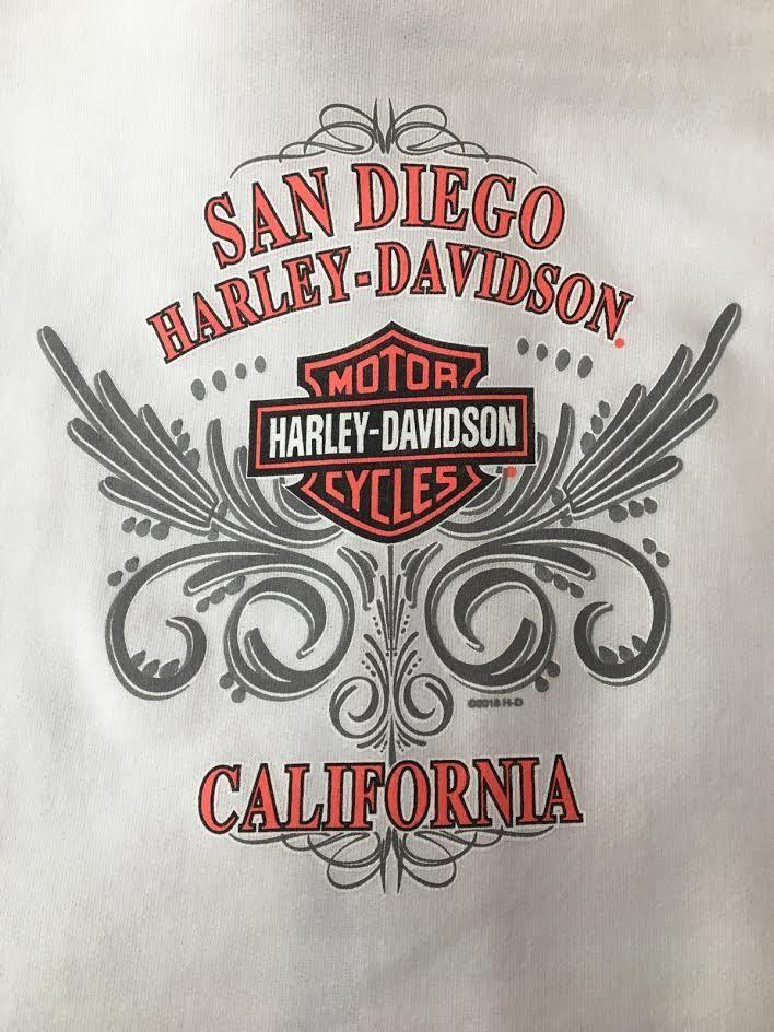 Harley-DavidsonGlam Sweatshrit5F23-HC9M Zip Up Hoodie Color: White Featuring our San Diego Harley Ladies Bar & Shield back