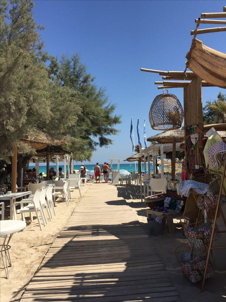 Heute nehme ich Euch auf dem Blog mit an die Playa de Muro in die Beachbar Ponderosa Beach:  http://cookiesformysoul.de/ponderosa-beach-club-mallorca/