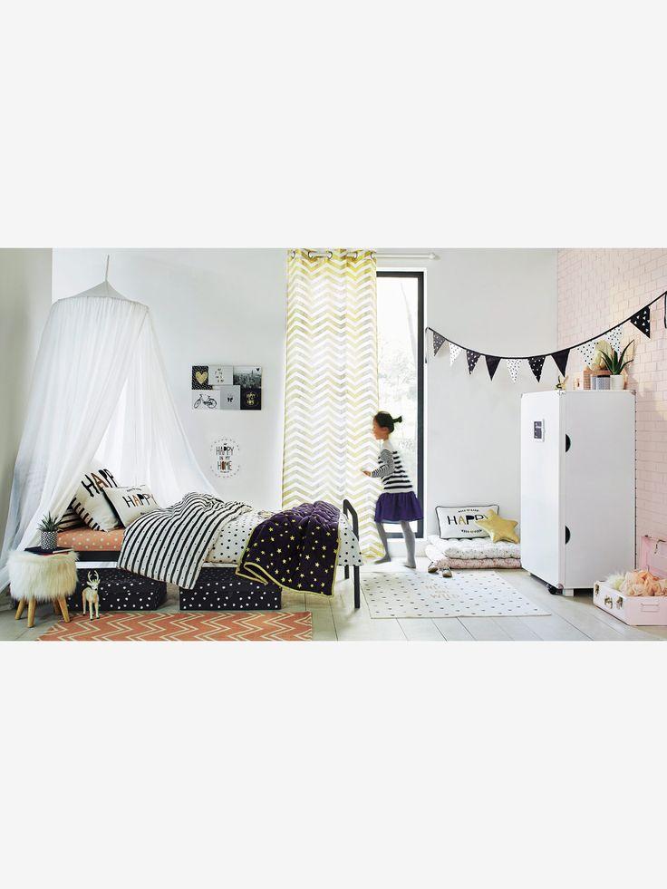 Um espaço para brincar ou de leitura ou simplesmente para descansar, a almofada…