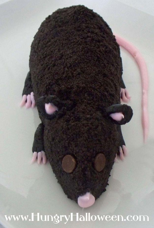 Esta cookie roedor con entrañas de queso crema.   19 Gross Dessert Ideas To Make A Sick Halloween