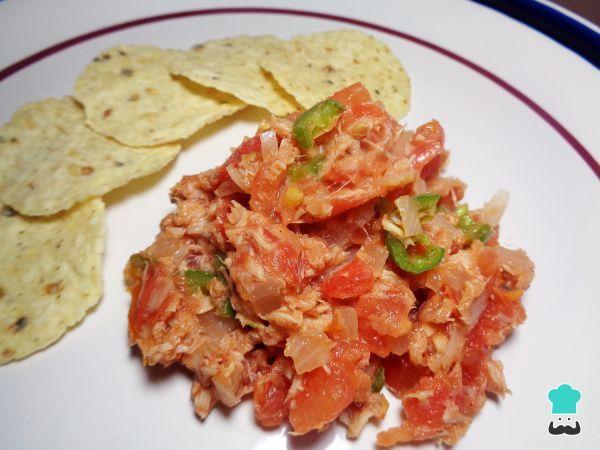 Aprende a preparar atún a la mexicana guisado con esta rica y fácil receta. El atún es uno de los pescados que más proteína nos aporta, un nutrimento muy importante...