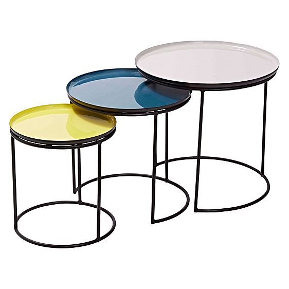 Present your living space with a revival of colour and practicality with the nesting Niche Side Table (Set of 3) from Amalfi.