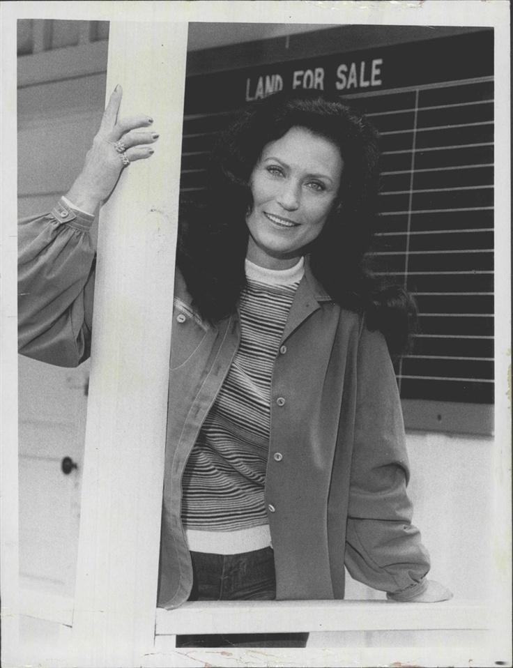 Loretta Lynn : Coal Miner's Daughter (1976, Hardcover)