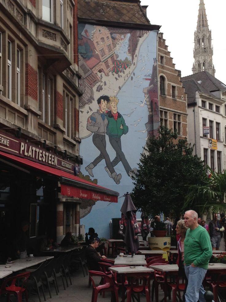 Visitanto Bruselas descubrí una ciudad que en sus muros y calles recrean un comic