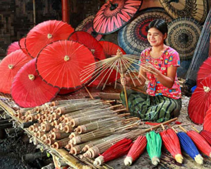 Pathein Htee (Myanmar traditional umbrellas)