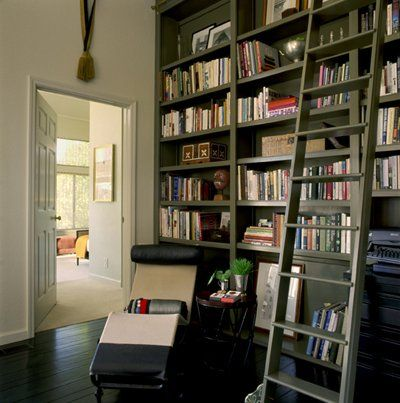 I could handle a little space like this being off my bedroom. I have always wanted a library with a ladder. #library #home #design