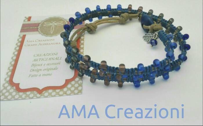 Bracciale wrap 2 giri intrecciato con perle di vetro ceche   cordini e Fili nei toni del blu di Amacreazioni su Etsy