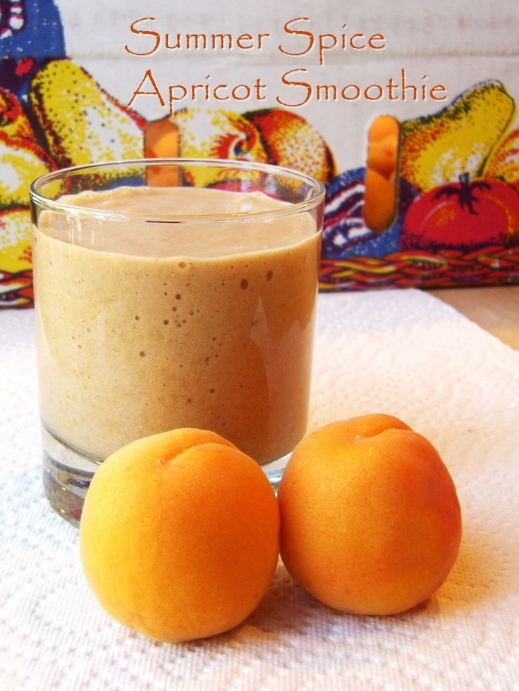 Sweet Summer Spice Apricot Smoothie Recipe - A creamy, healthy, dairy-free, paleo and vegan breakfast or snack shake!