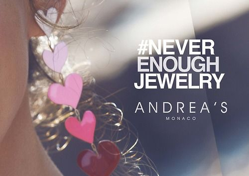 #fashion #jewelry #love #swag #necklace #white #pink #heart #love #september #fashionphoto
