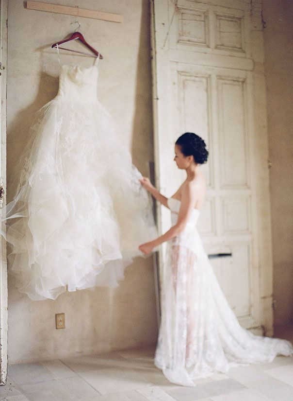 vera wang, wedding details, sunstone villa, nadia hung photography,