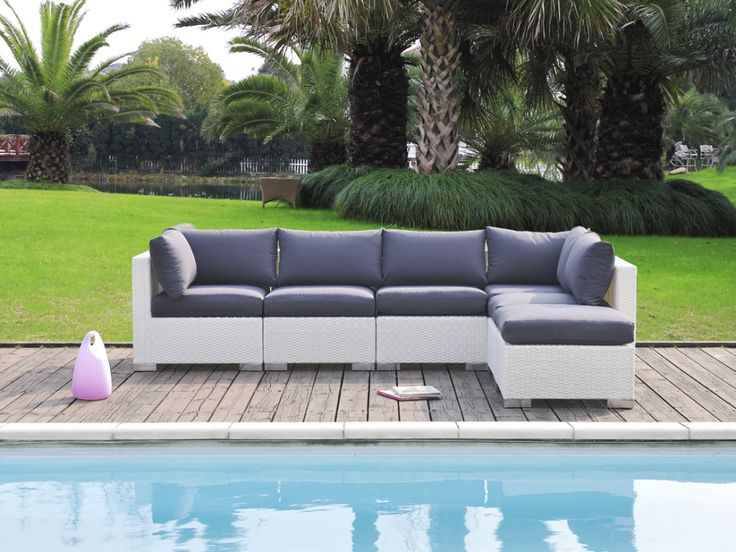 Salon de jardin ALANDA en résine tressée un canapé 5 places et un