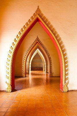 The archways inside the Wat Tham Sua... these look pretty cool!