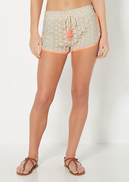 Daisy Medallion Crochet Dolphin Short | Soft Shorts | rue21