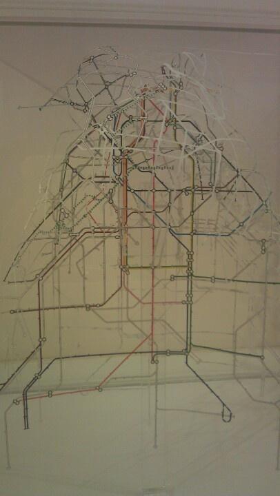 London tube sculpture