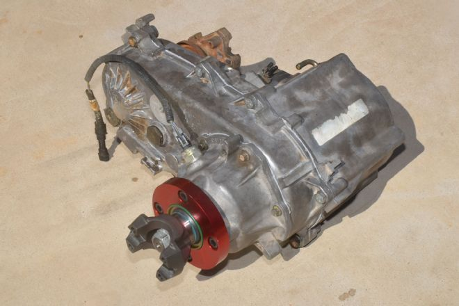 We Spend Time With The Np231 Transfer Case Looking For Cheap And