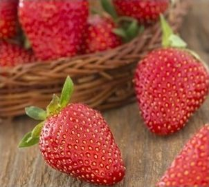 Strawberry E-Liquid – The Vaping Guru