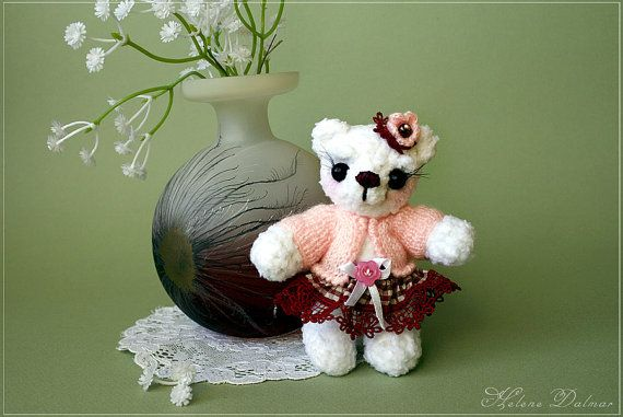 Artist Bear   Crochet Toy   White  Bear Amigurumi  by AldanaBears, $47.90