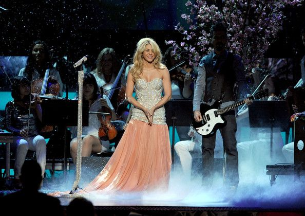 Shakira Photos Photos - Singer Shakira performs onstage during the 12th annual Latin GRAMMY Awards at the Mandalay Bay Events Center on November 10, 2011 in Las Vegas, Nevada. - The 12th Annual Latin GRAMMY Awards - Show