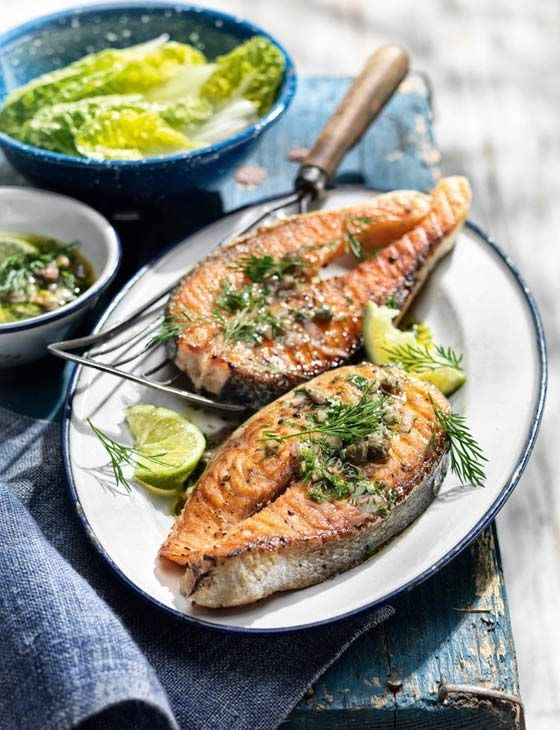 Salmon steaks with caper and anchovy salsa. Super fast, light and tasty dinspiration recipe.