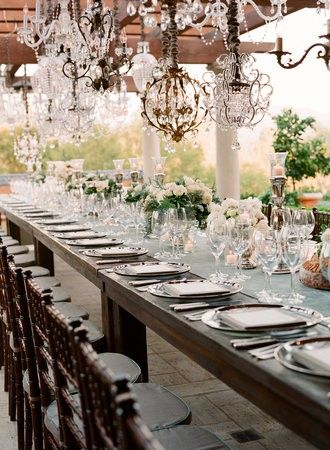 : Decor, Crystals Chand, Wedding Tables, Ideas, Tables Sets, Chandeliers, Dinners Parties, Flowers, Long Tables