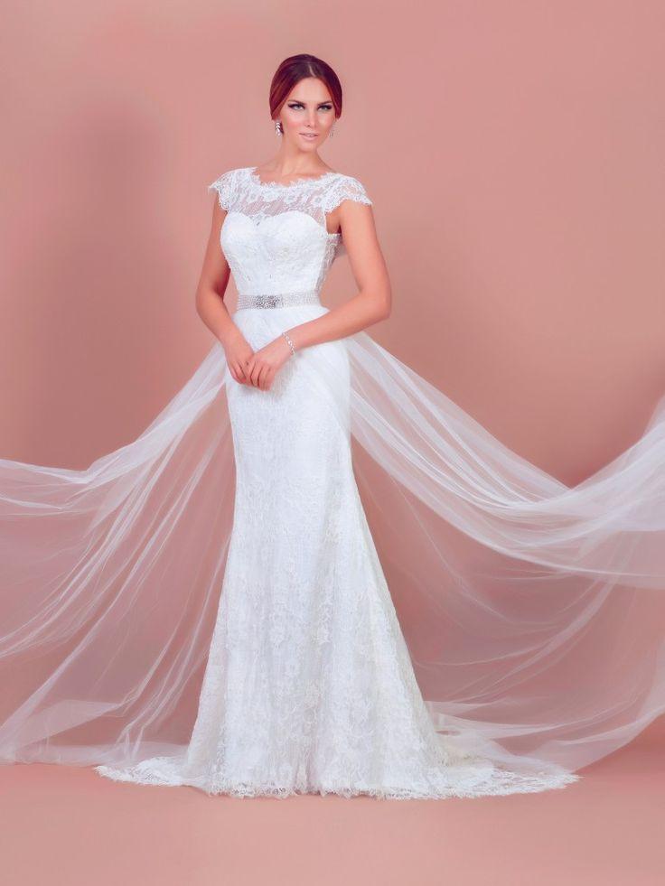 Sydney, mermaid & A-line wedding dress by BIEN SAVVY