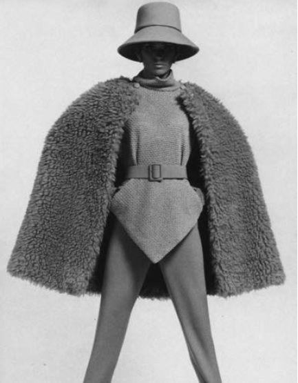 Cappa di lana Balenciaga, AI 1967