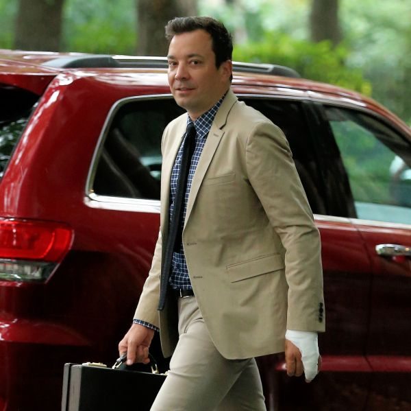The Real Story Behind Jimmy Fallon's Hand Injury--His Wife Was Furious!