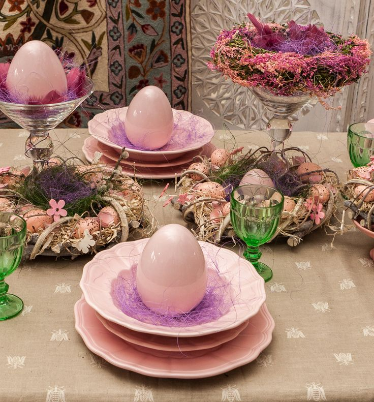 Elegant easter table Decorations - Shiny Pink, Powerful Colors, Chic Decorations