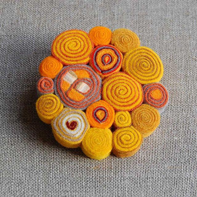 Yellow felt brooch | Flickr - Photo Sharing!
