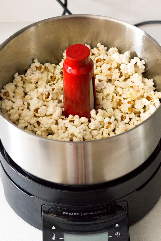 Popcorn made in the Philips Jamie Oliver HomeCooker