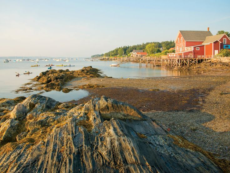 The Ultimate Maine Road Trip | Venture into this cluster of five peninsulas—and the charming coastal communities on them—for an epic summer road trip full of lighthouses, gorgeous shoreline, and lobster.